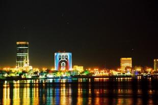 Doha-at-night-3