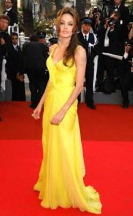 angelina_jolie_yellow