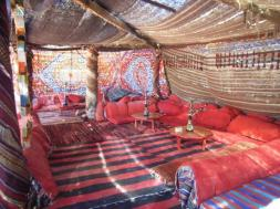 bedouin-tent-at-hotel