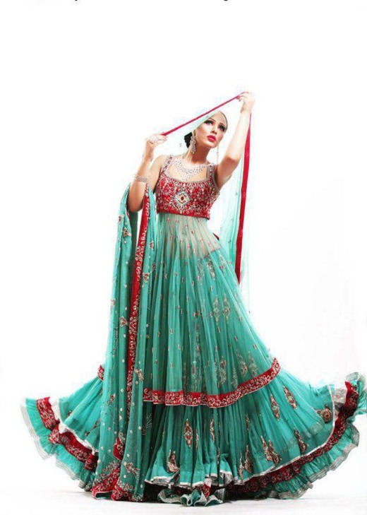 Latest-Pakistani-Bridal-Lehanga-Dresses-2013-7