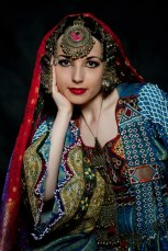 afghan_girl__traditional_afghan_dress_by_apsara_art-d71r4ck