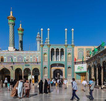Santuario_de_Fátima_bint_Musa,_Qom,_Irán,_2016-09-19,_DD_16